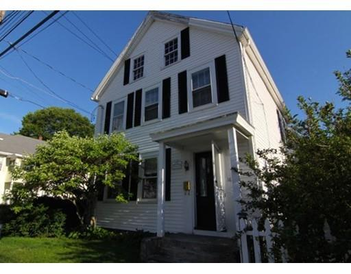 18 Maple St, Stoneham MA 02180