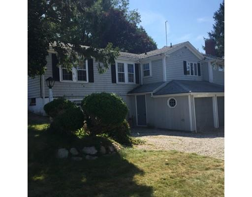4 Center Hill Rd, Plymouth, MA