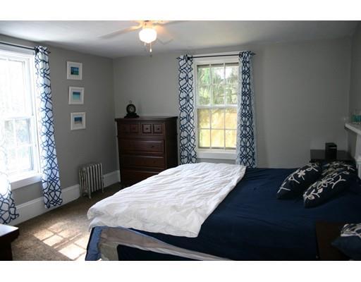 19 Mendon Rd, North Attleboro MA 02760
