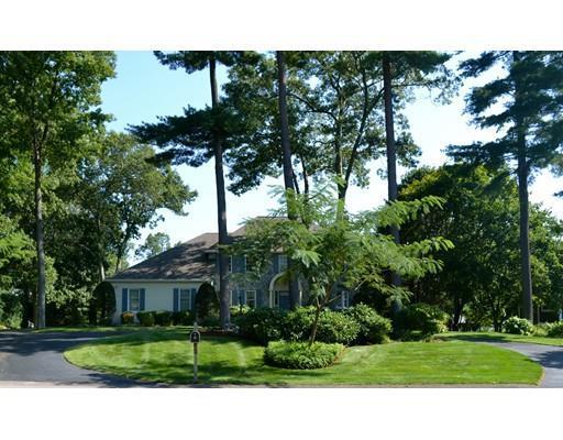 70 Oak Pt, Wrentham MA 02093