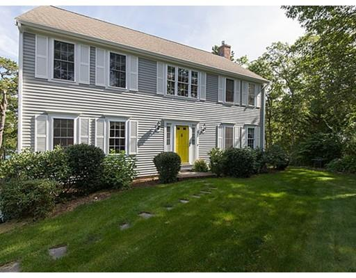 20 Weeks Pond Dr, Forestdale MA 02644