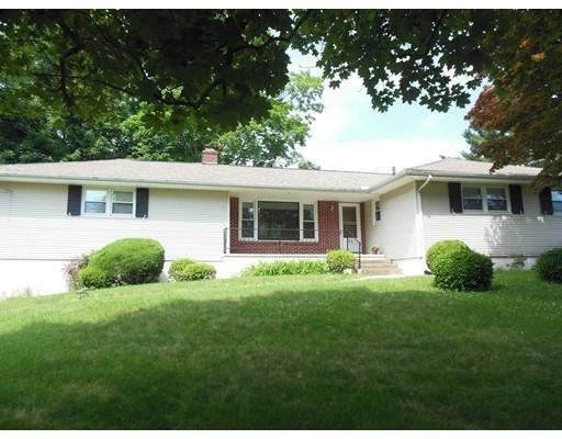 72 Paulson Dr, West Springfield MA 01089