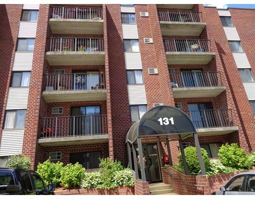 131 Franklin St #APT 101, Stoneham, MA