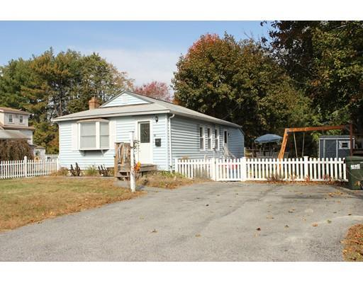 14 Quobaug Ave, Oxford MA 01540