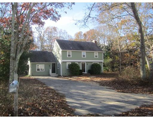31 Captain Davis Ln, East Falmouth MA 02536