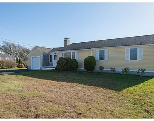 27 Pawnee Rd, West Yarmouth MA 02673