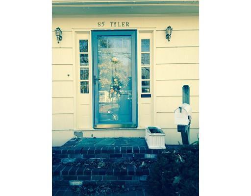 85 Tyler St, Attleboro MA 02703