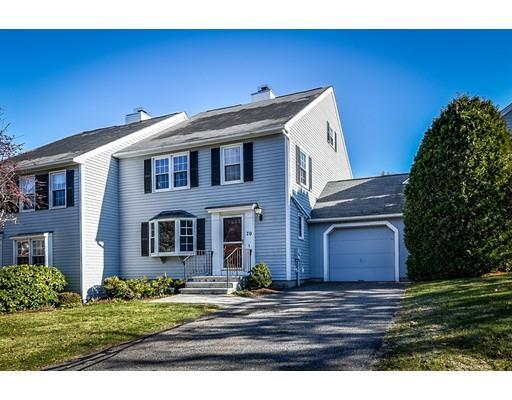 70 Fairway Cir #APT 70, Natick MA 01760