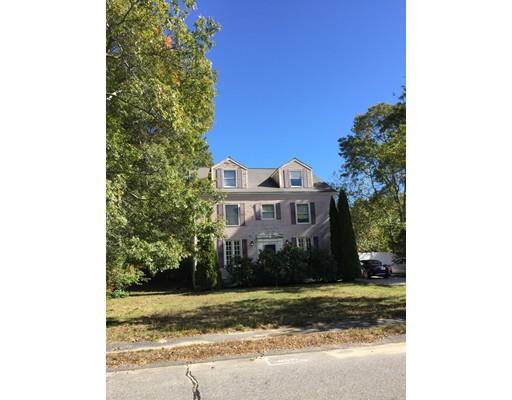 52 Huntington Rd, Plymouth, MA