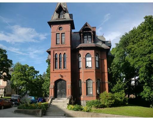 8 Claremont #APT 3a, Worcester, MA