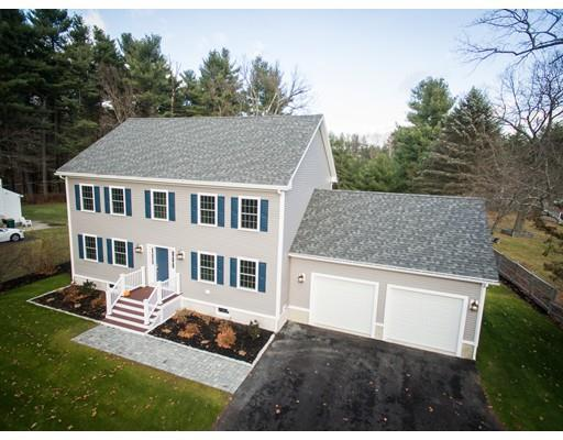 34 Concord Rd, Westford MA 01886