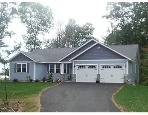 5 Goulding Rd, Sterling MA 01564