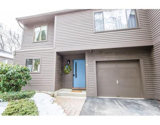 401 Colonial Dr #APT 19, Ipswich MA 01938