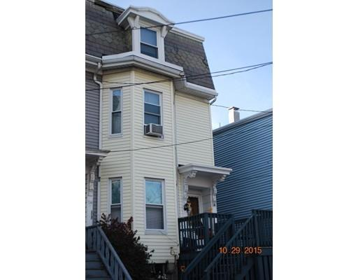 96 Buttonwood St, Dorchester MA 02125