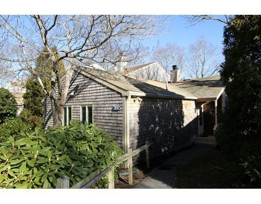 201 Vineyard Gate #APT 201, East Falmouth MA 02536