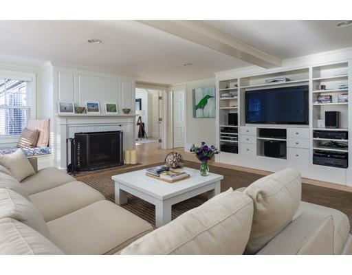 497 Sippewissett Rd, Falmouth MA 02540