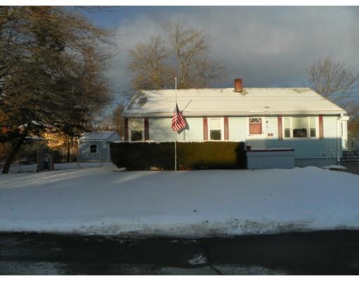 95 Farragut St, Lowell MA 01854