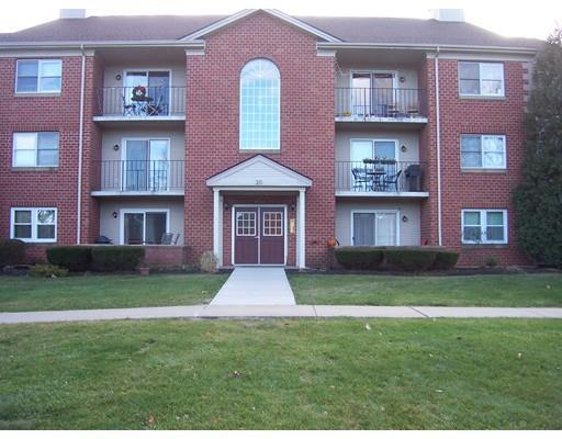 20 Maple Crest Cir #APT 20c, Holyoke MA 01040