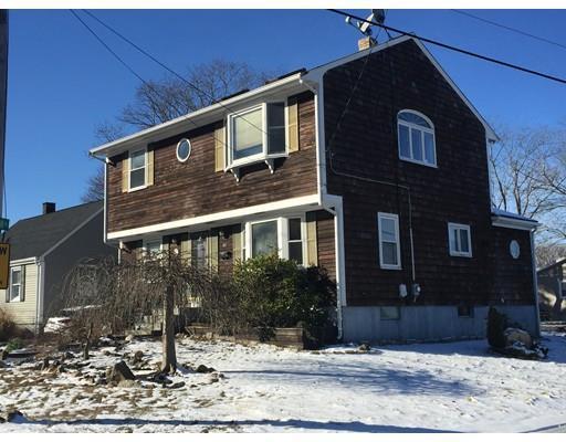 91 Apponegansett St, New Bedford MA 02744