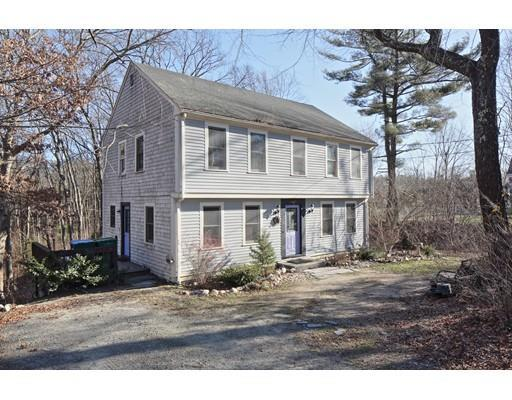 52 Winter St, Hanson MA 02341