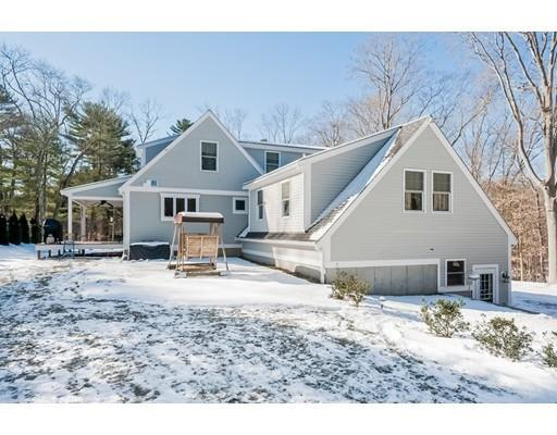 82 Summer St, Norwell MA 02061