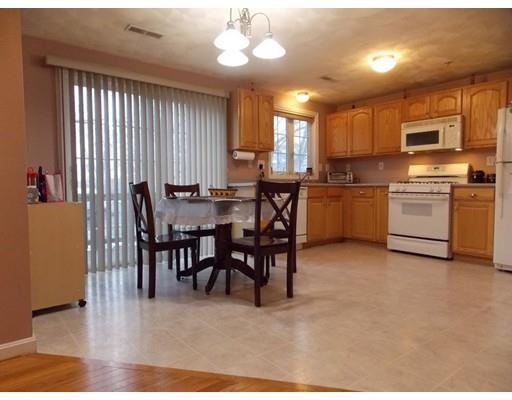 1255 Middlesex St #APT i, Lowell MA 01851