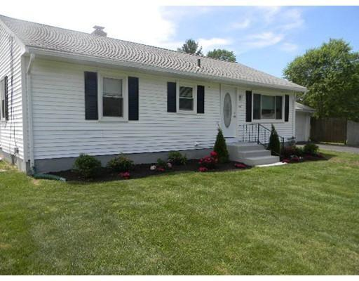 284 Hermitage Dr, Springfield MA 01129