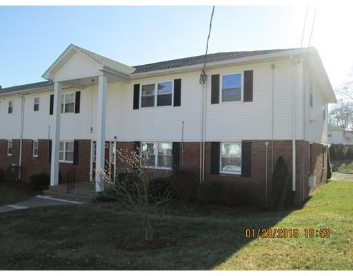 110 Colonial Cir #APT c, Chicopee MA 01020