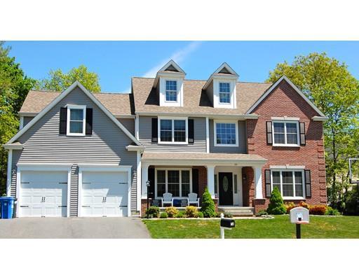 12 Spring House Ln, Cumberland RI 02864