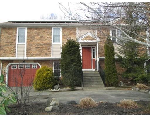 769 New Plainville Rd, North Dartmouth MA 02747