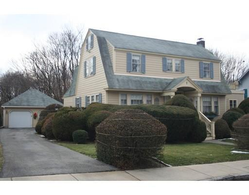 4 Stearns Ave, Lawrence MA 01841