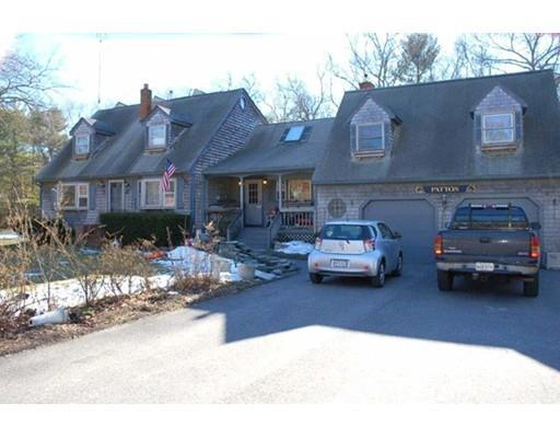 4 Old Main St, Carver MA 02330