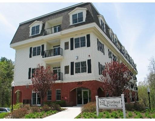 350 Greene St #APT 209, North Andover MA 01845