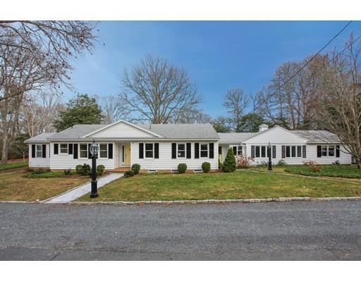 38 Long Pond Cir, Centerville MA 02632