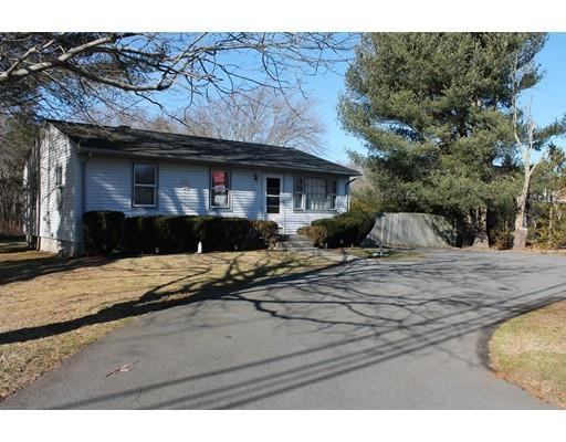 541 Russells Mills Rd, South Dartmouth MA 02748