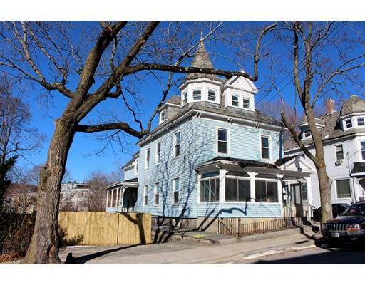 42 Holt St, Fitchburg MA 01420