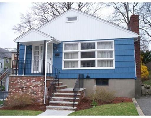 14 High View Ave, West Roxbury MA 02132