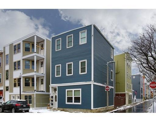 295 D St #APT 1, Boston MA 02127