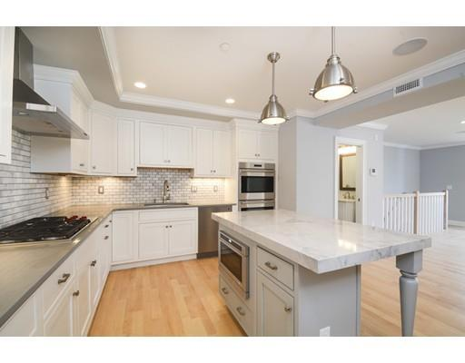 881 E 2nd #APT 15, Boston MA 02127
