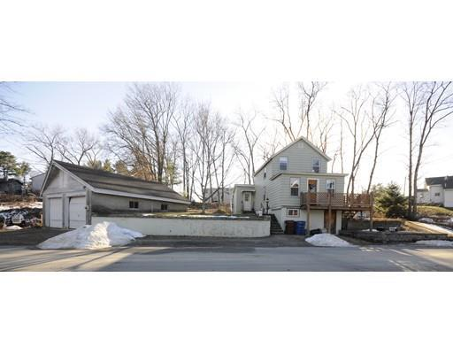 16 Lands End Rd Tyngsboro, MA 01879