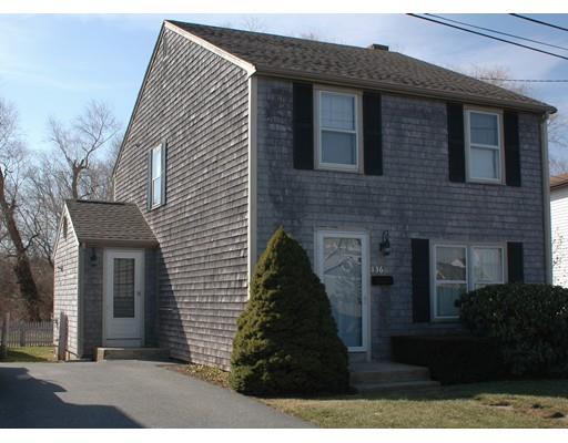 136 Adams St, South Dartmouth MA 02748