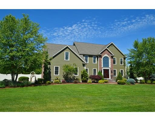 15 Russet Hill Rd, Franklin, MA