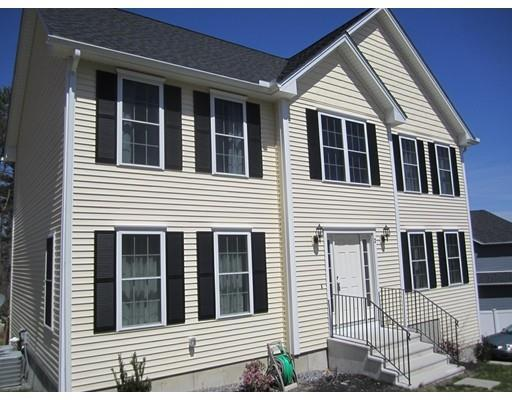 2 Snowberry Ln, Holden MA 01520