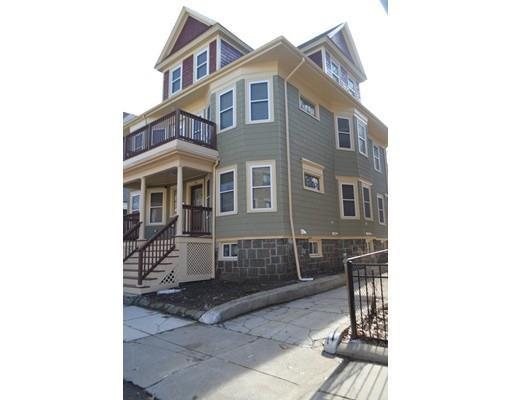 78 Hutchings #APT 2, Dorchester MA 02121