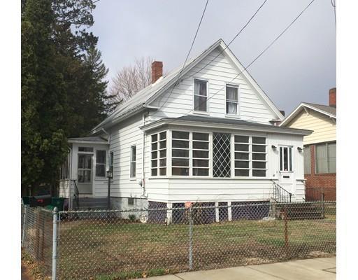 68 Essex St, Lowell, MA