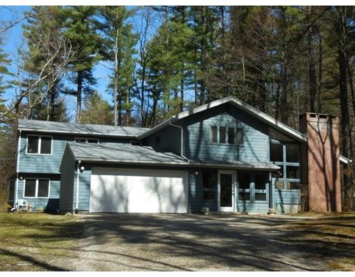 40 High Point Dr, Amherst, MA