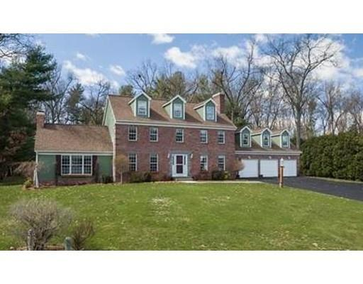 36 Wellington Dr, East Longmeadow MA 01028