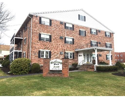 305 Pine St #APT 1, Lowell MA 01851