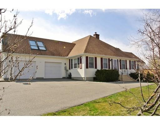108 Clinton Rd Sterling, MA 01564