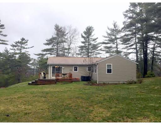 1 Myles Standish Dr, Carver MA 02330